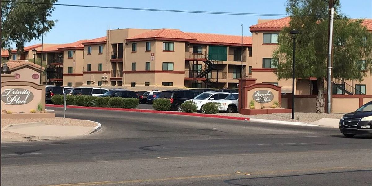 Police: Tucson man fatally shoots suspect while protecting family member during armed robbery