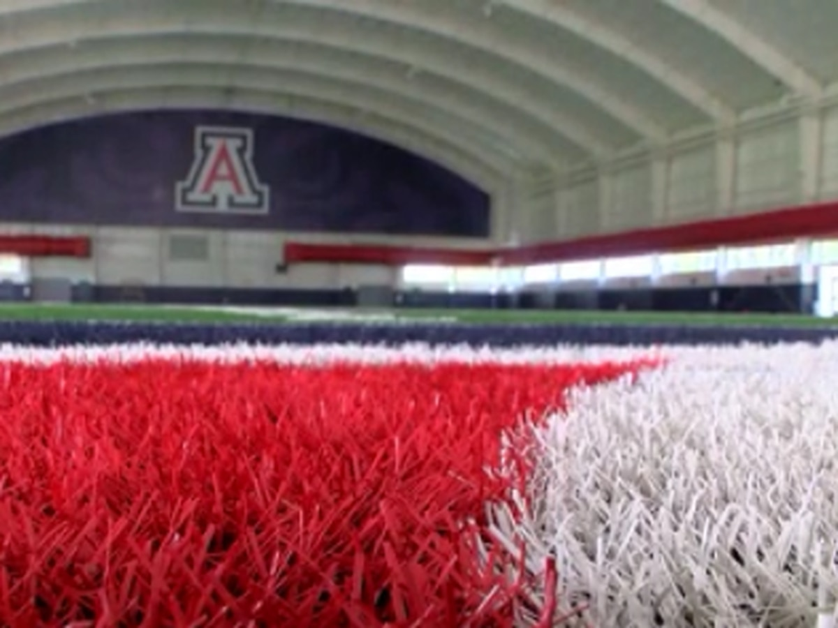University of Arizona resuming in-person classes, delaying sports