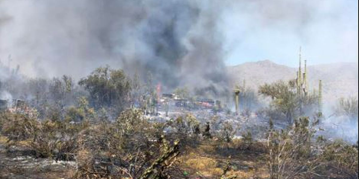 Wildfire forces evacuations near Cave Creek