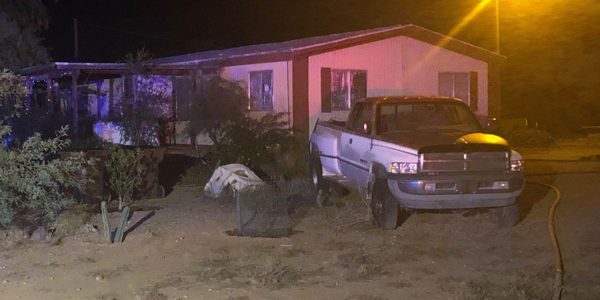 Avra Valley Fire responds to mobile home fire