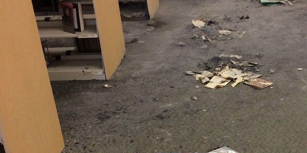 ACTUALIZACIÓN: Detenciones hechas por destrucción en las escuelas de Amphi