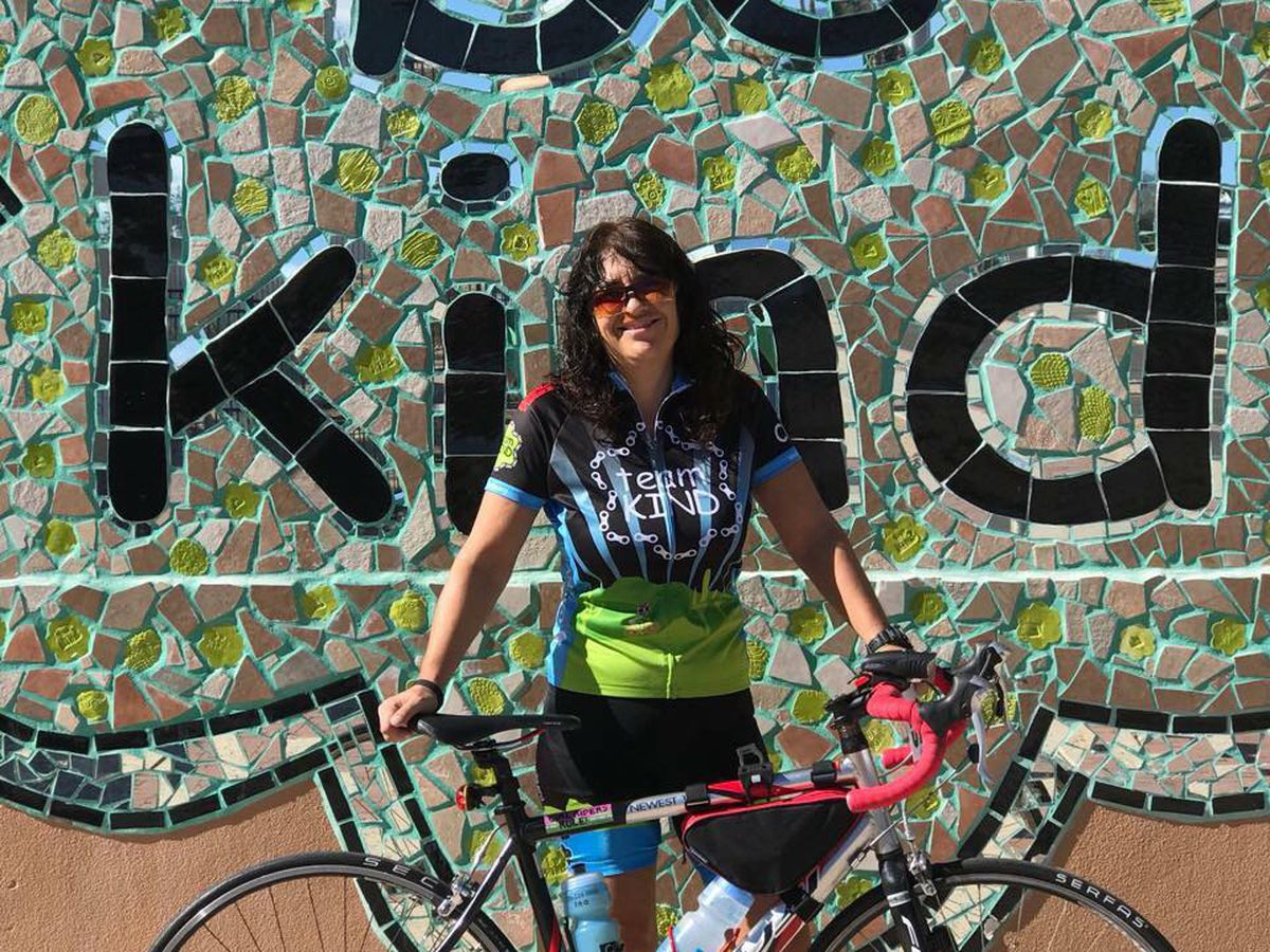Tucson woman riding in El Tour with an eye on giving back