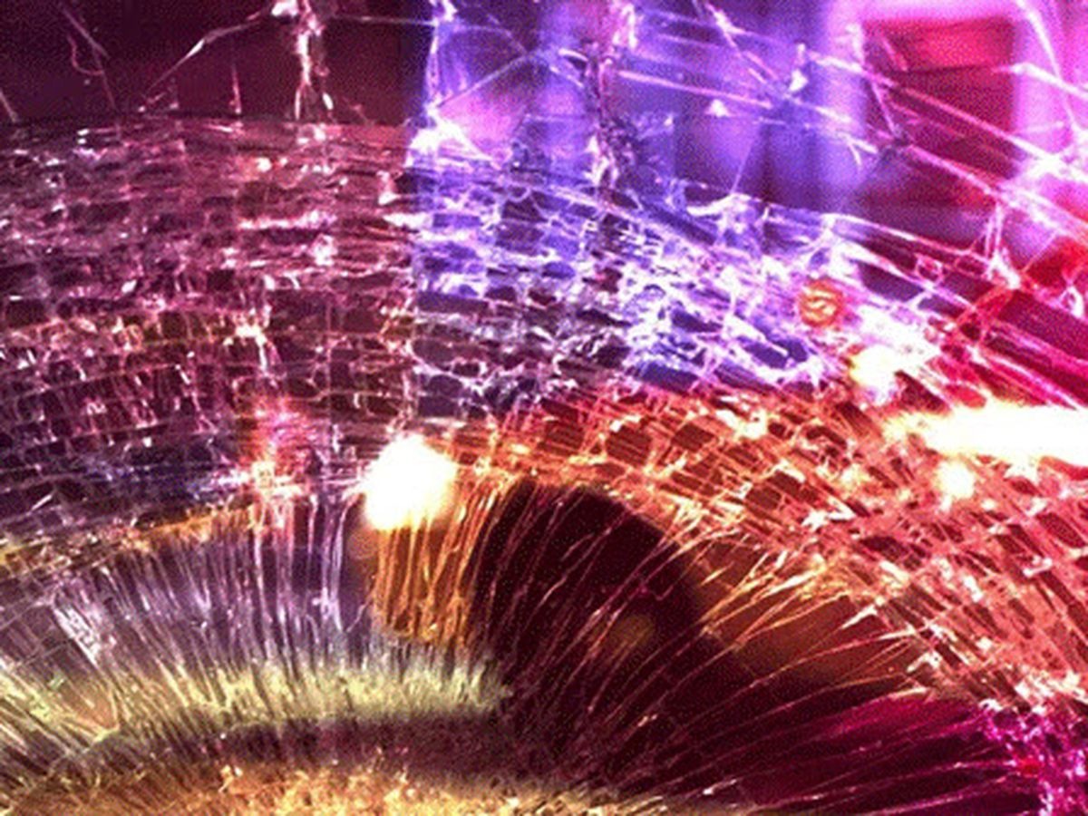 Tucson woman ejected from vehicle in I-19 crash