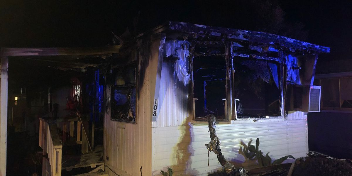 Tucson Fire responds to mobile home fire on north side