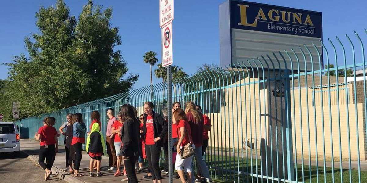 Flowing Wells welcomes students back to school