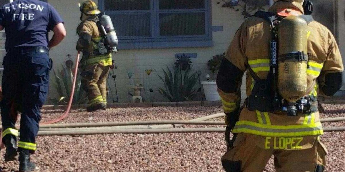 Woman displaced after kitchen fire on west side of Tucson