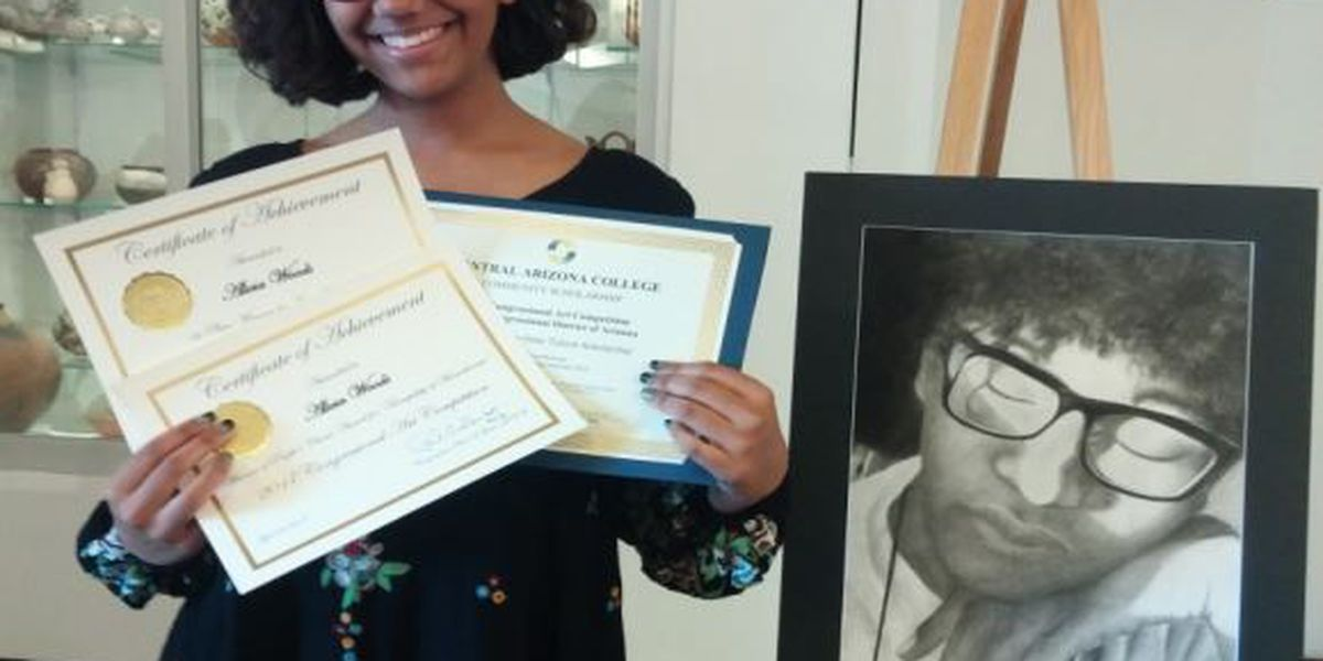 Combs High School senior takes 1st place in Congressional Art Show