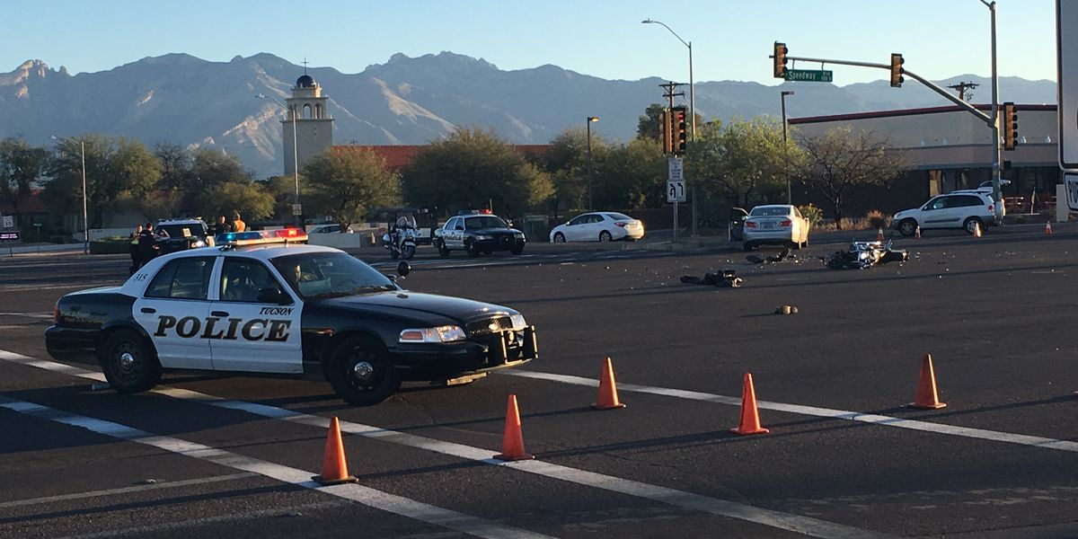 UPDATE: Man taken to hospital after serious motorcycle crash near University of Arizona