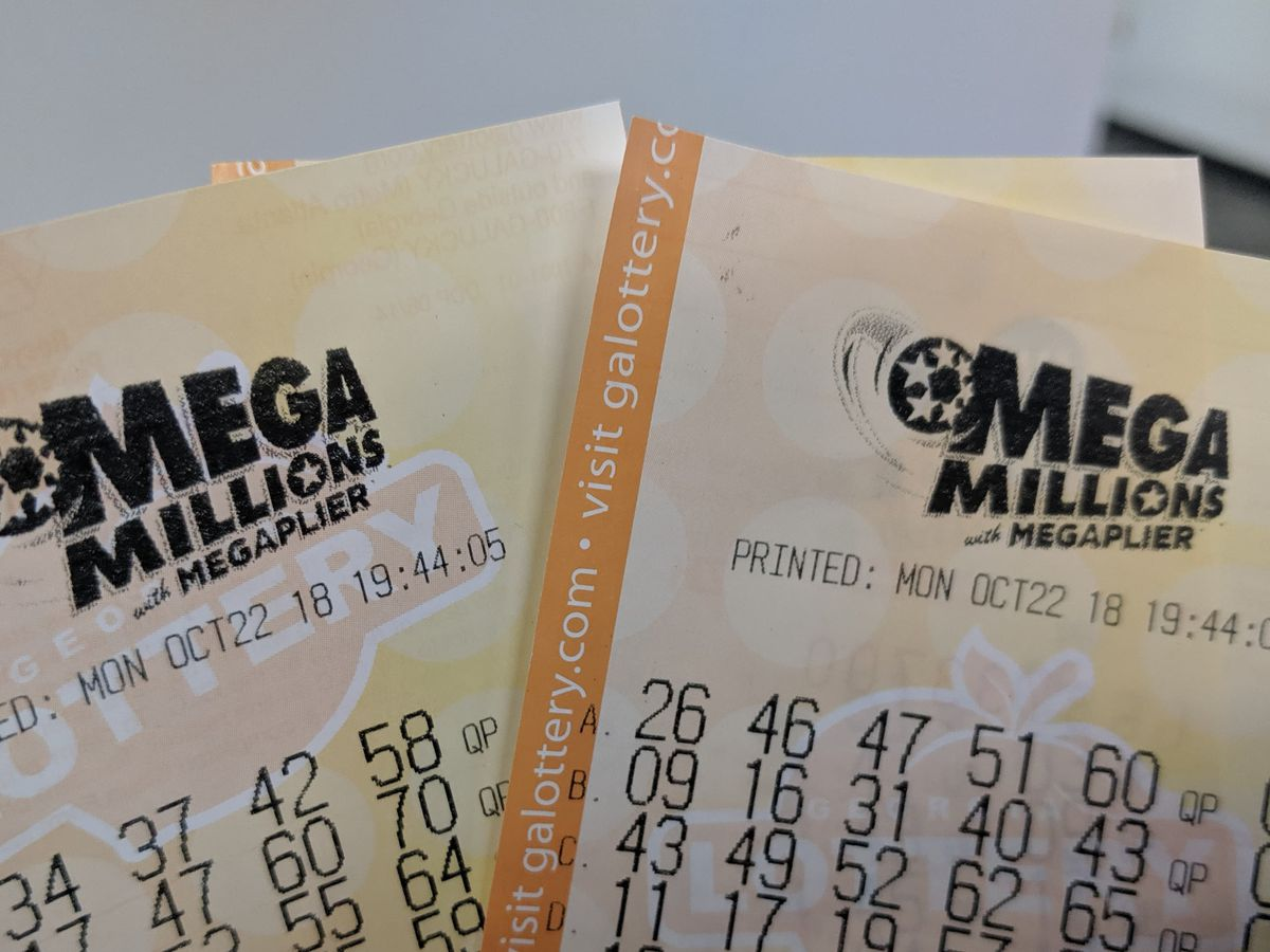 $10,000 Mega Millions lottery ticket sold in Oro Valley