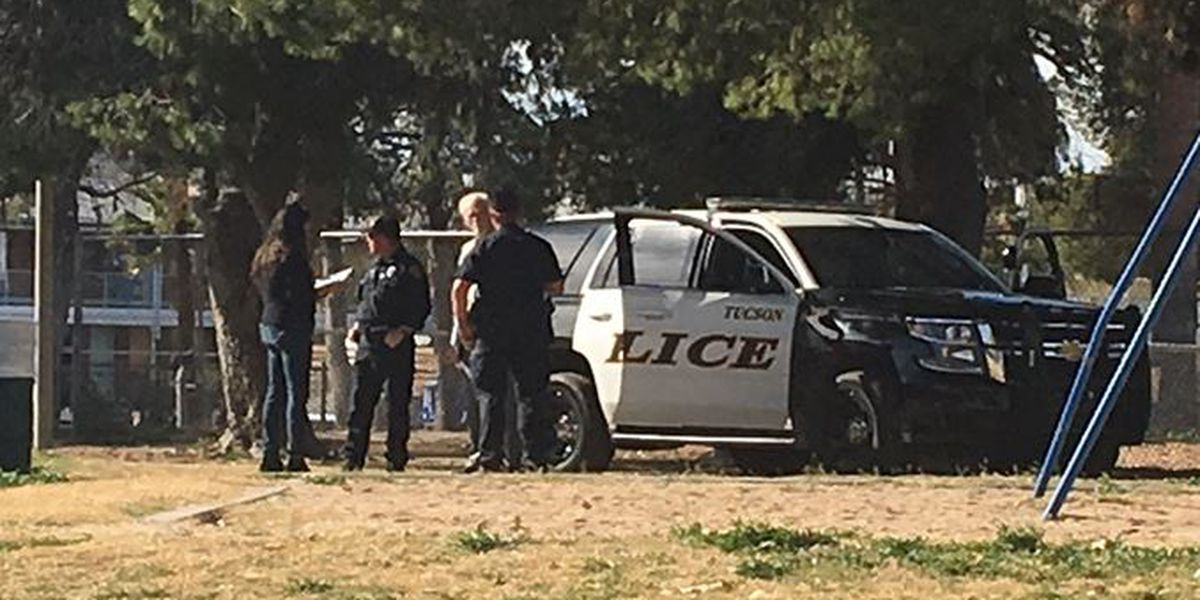 Tucson police clear homeless out of De Anza Park