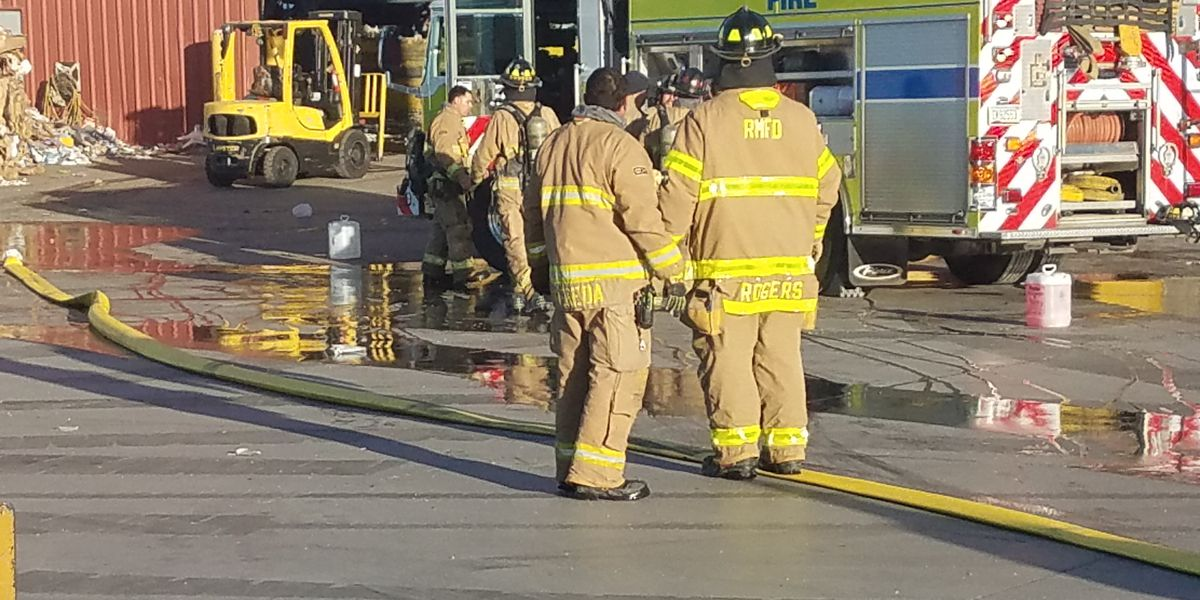 Rural-Metro extinguishes fire at Tucson recycling plant