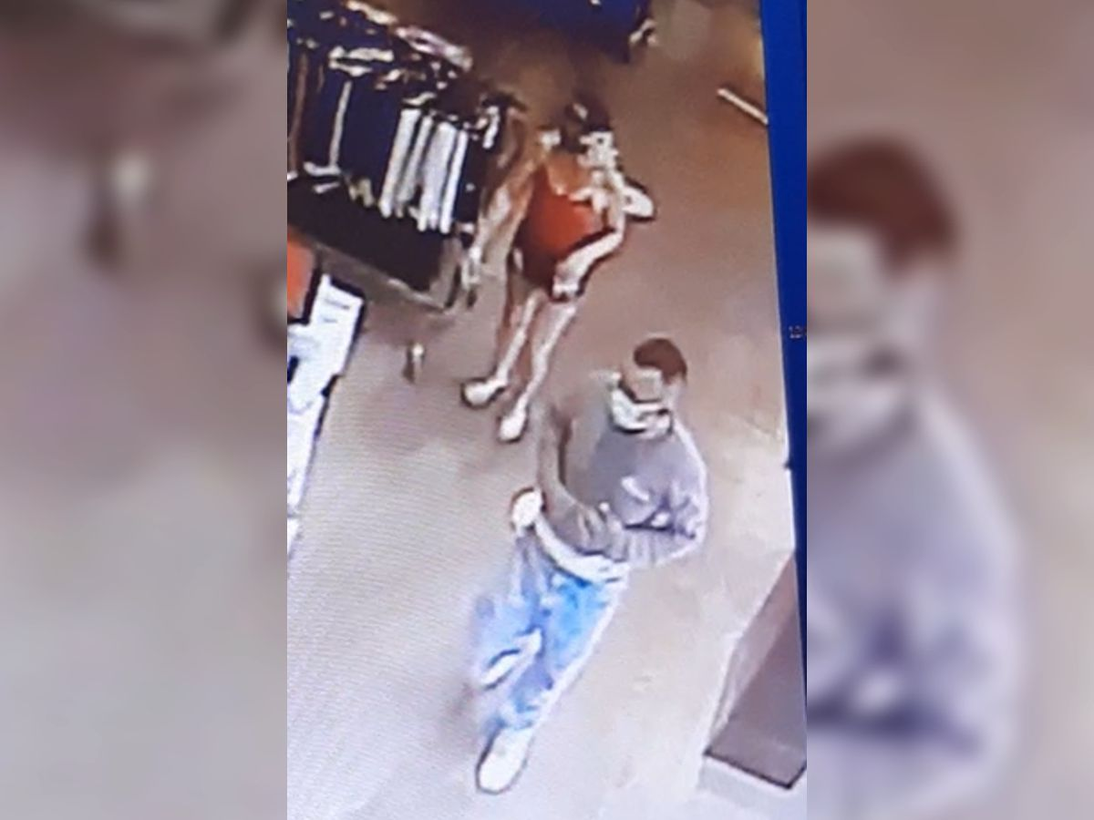 Sahuarita police search for suspected credit card thieves