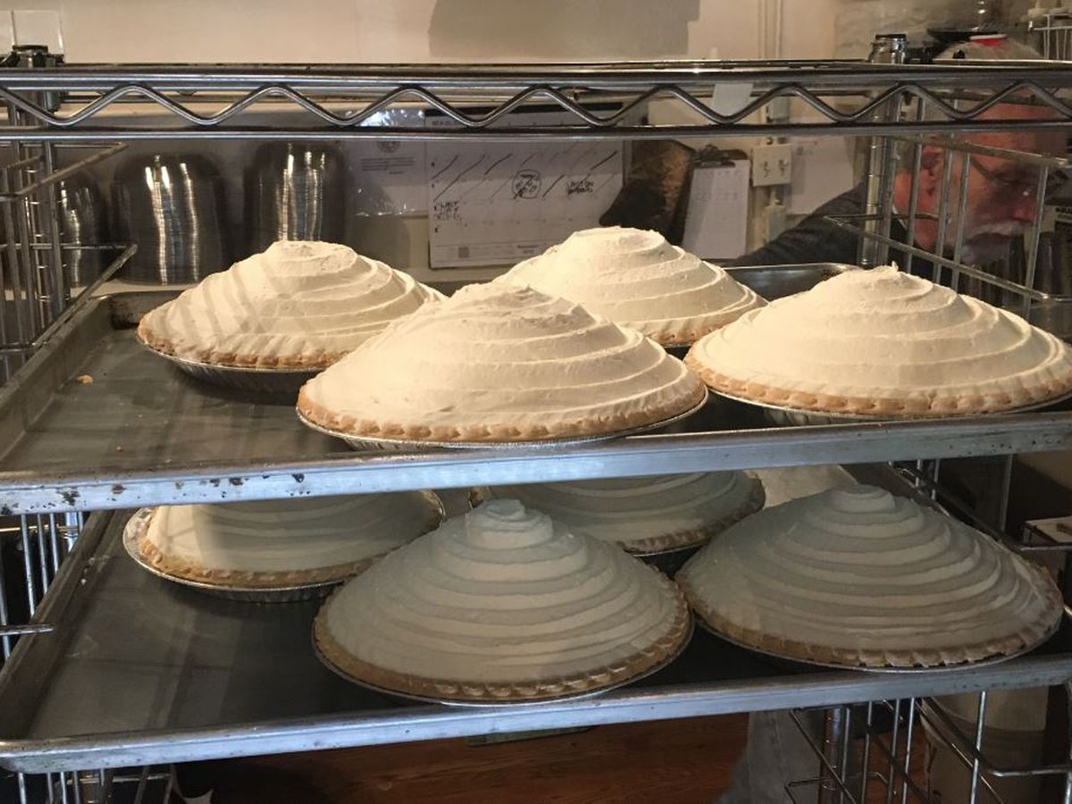 Pies in Passing: Arizona's oldest restaurant serves up tradition for travelers