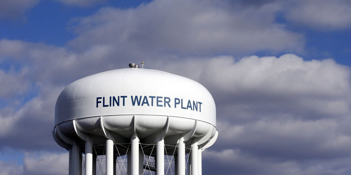 Flint water probe brings charges against ex-governor, others
