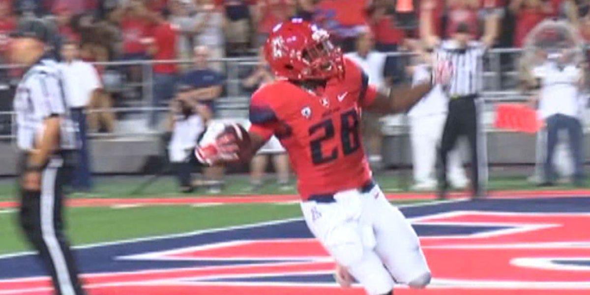 Wildcats' true freshman Wilson runs like a veteran