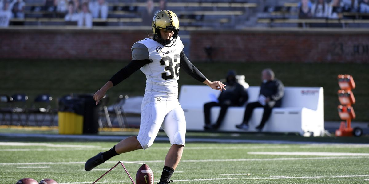 Vanderbilt kicker Sarah Fuller becomes first woman to play in Power 5