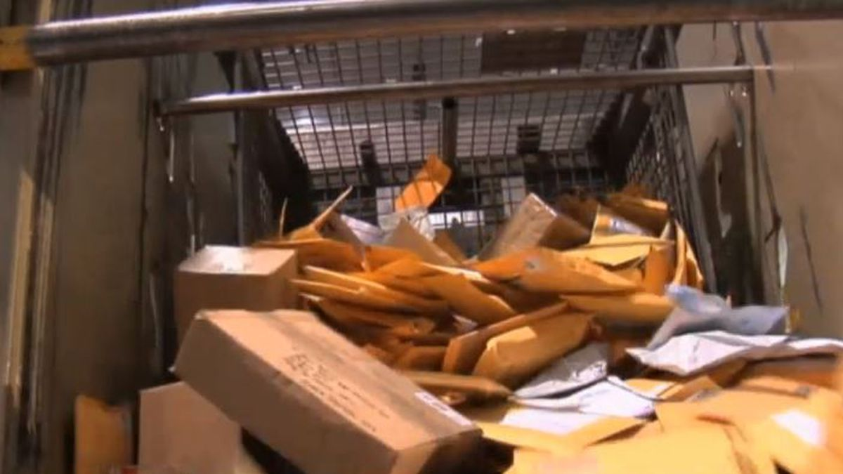 Post offices prepare for busy holiday season