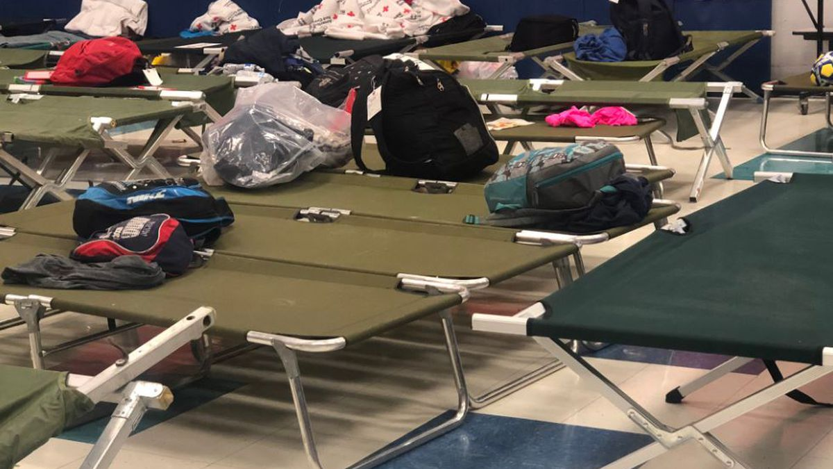 Rec center sheltering migrants after churches reach capacity
