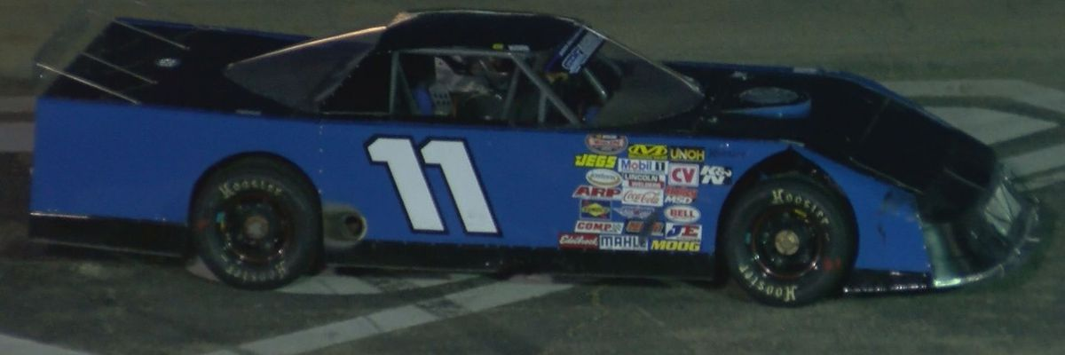 NASCAR: A sizzling night for Schilling