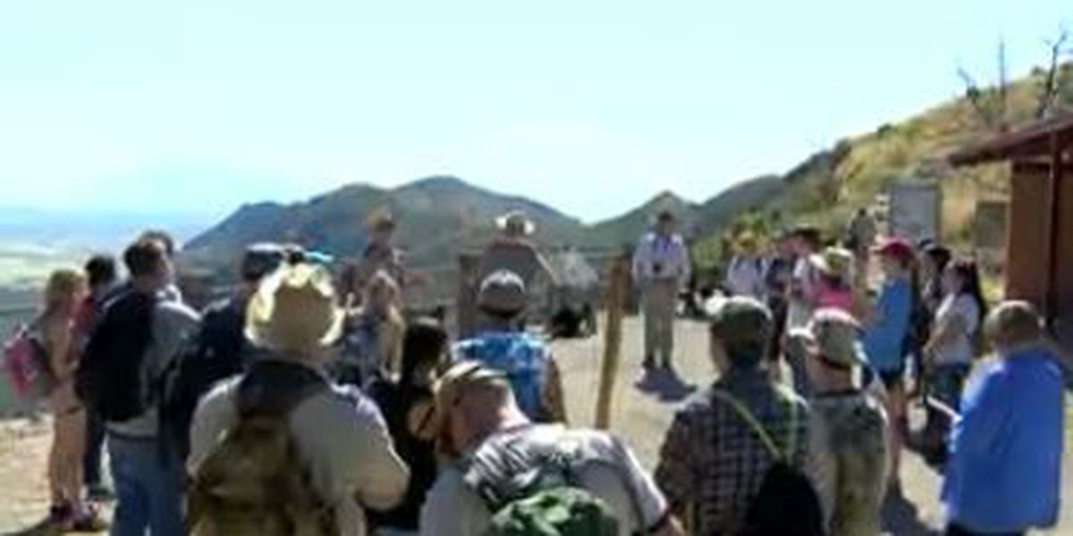Rep. McSally starts AZ Trail hike on National Public Lands Day