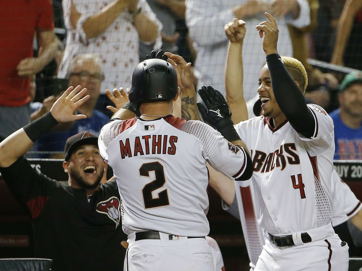 Diamondbacks, Ray avoid sweep with 9-0 win over Cubs