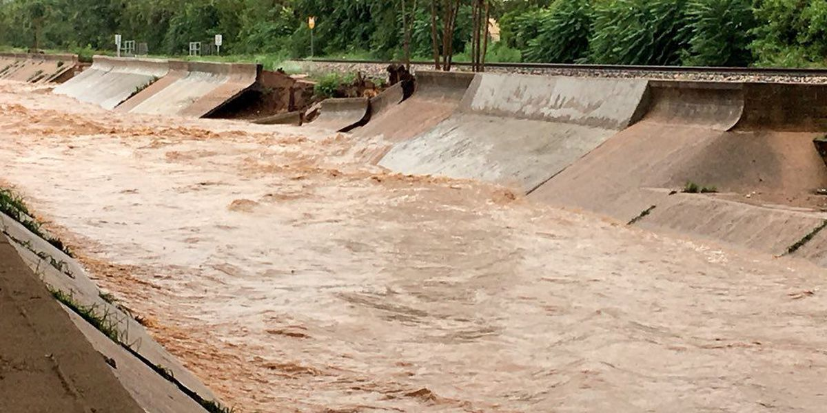 Nogales wash damaged during Thursday's heavy rain