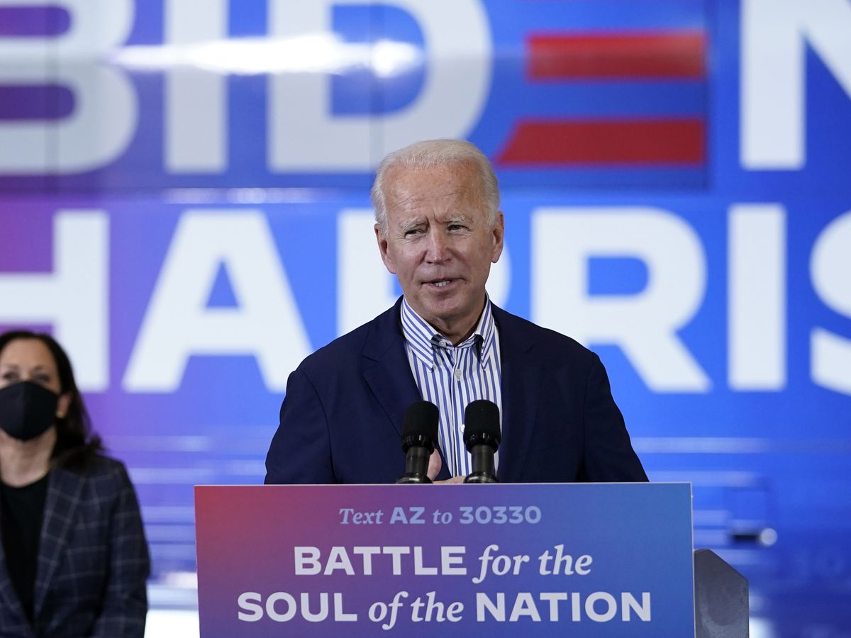 Man accused of threatening Biden, Harris in note to neighbor