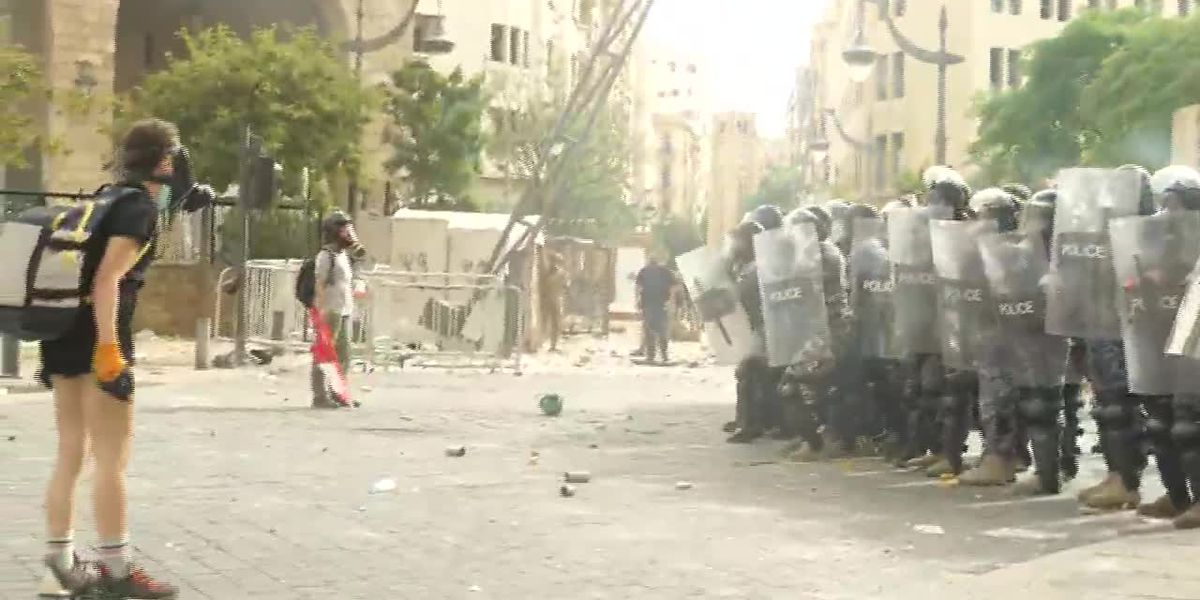 Security forces clash with protesters in Beirut