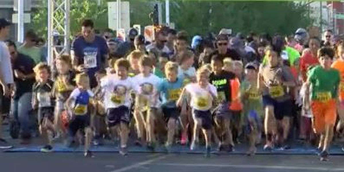 Thousands brave the heat for annual downtown run in Tucson