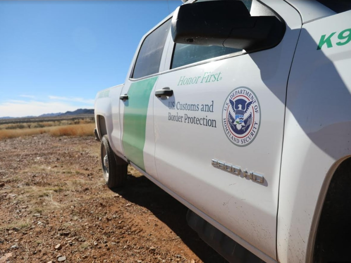 Border Patrol agent receives probation for hitting migrant with patrol vehicle