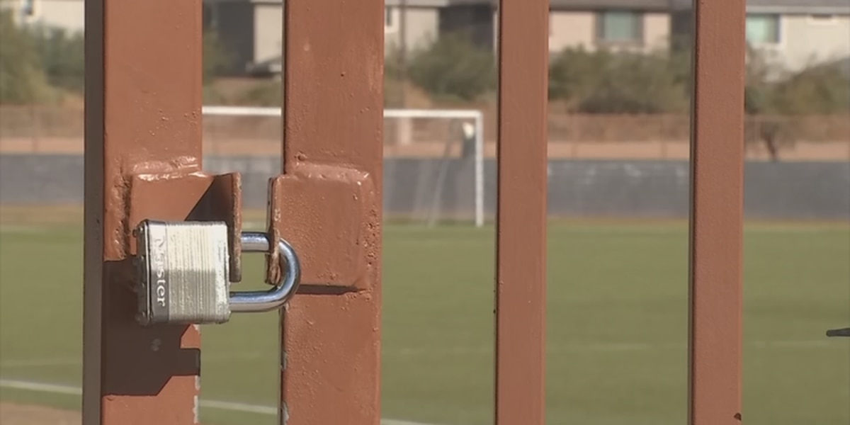 Phoenix to shut down organized sports at parks and fields amid COVID outbreak