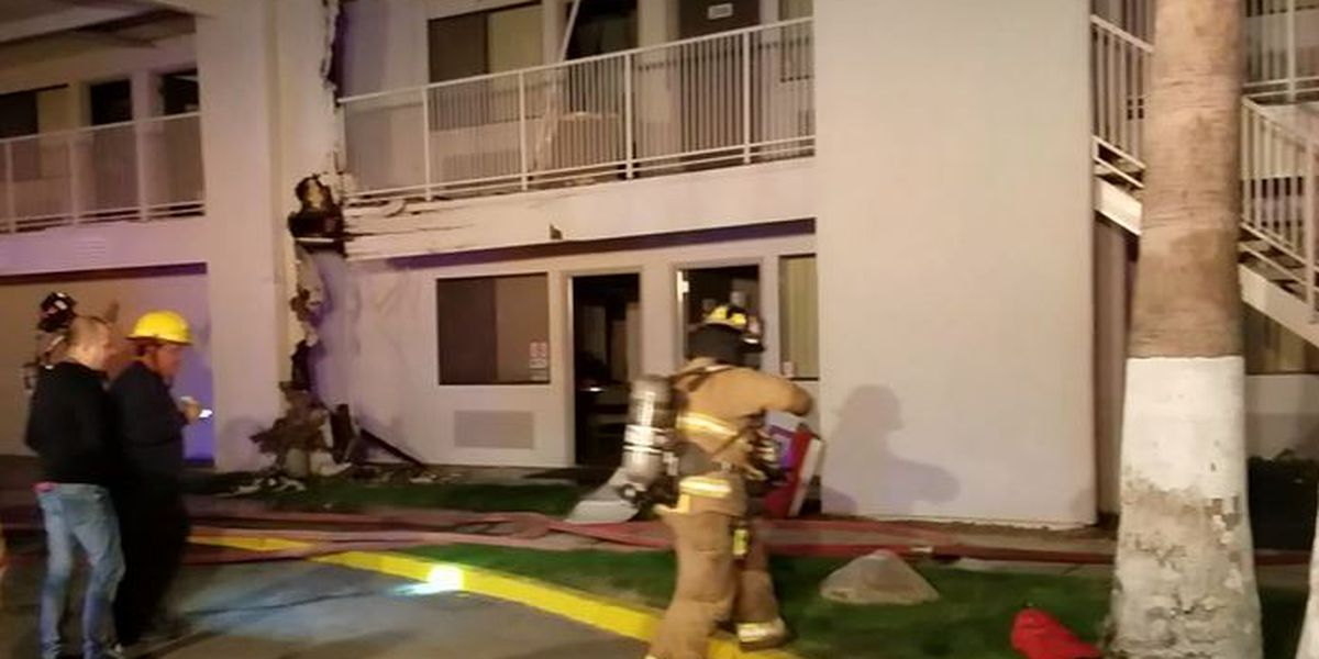 Firefighters extinguish flames at south side Tucson motel