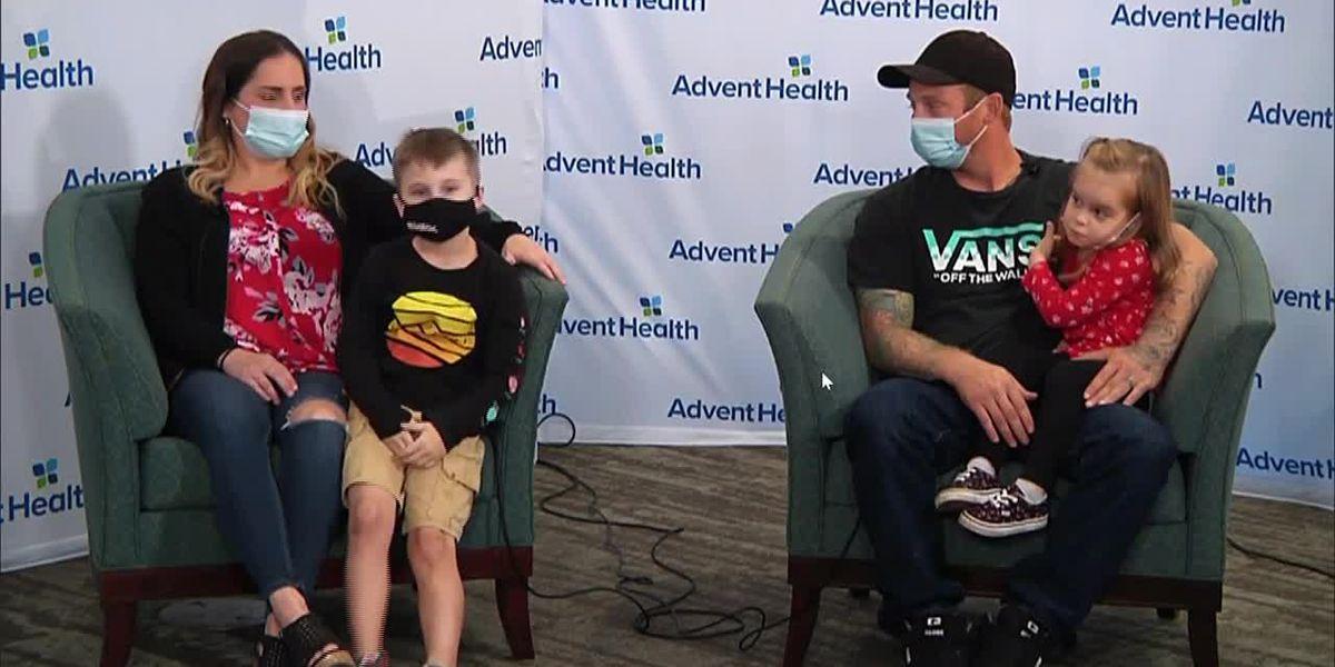 Families meet after double kidney swap