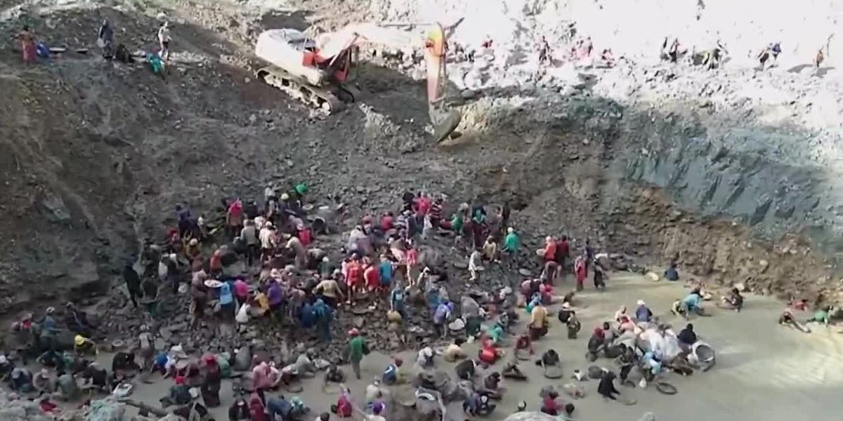 Mine in Indonesia collapses