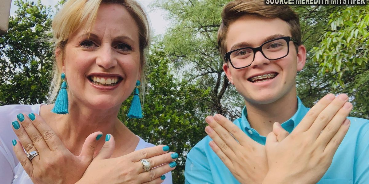 Mother-son duo raise awareness about ovarian cancer