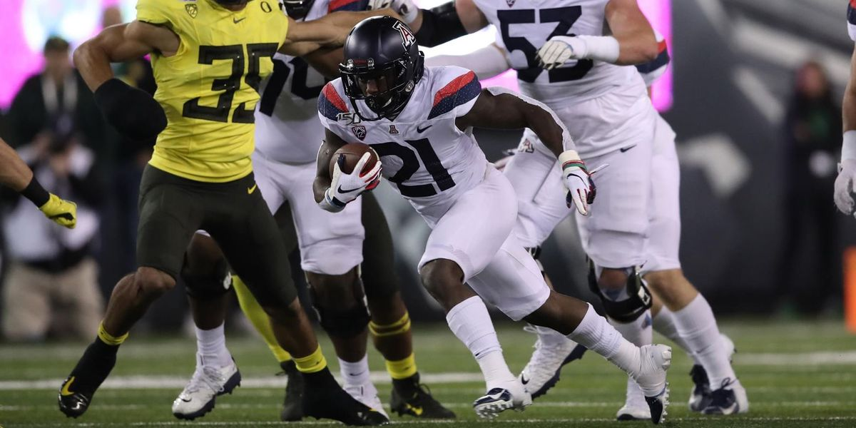 Sixth-ranked Oregon sends UArizona packing in conference match-up