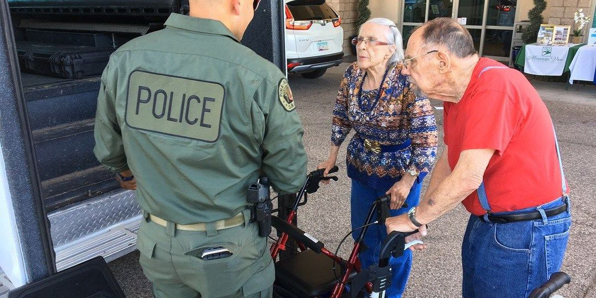 9/11 remembered, first responders honored at Oro Valley retirement village