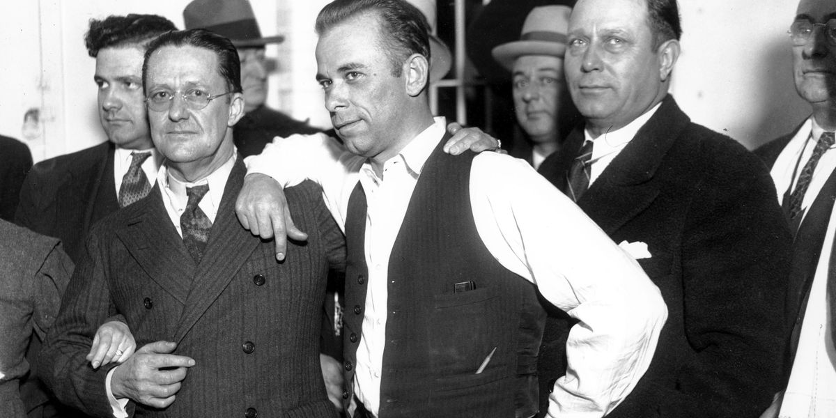 Body of 1930s gangster John Dillinger to be exhumed