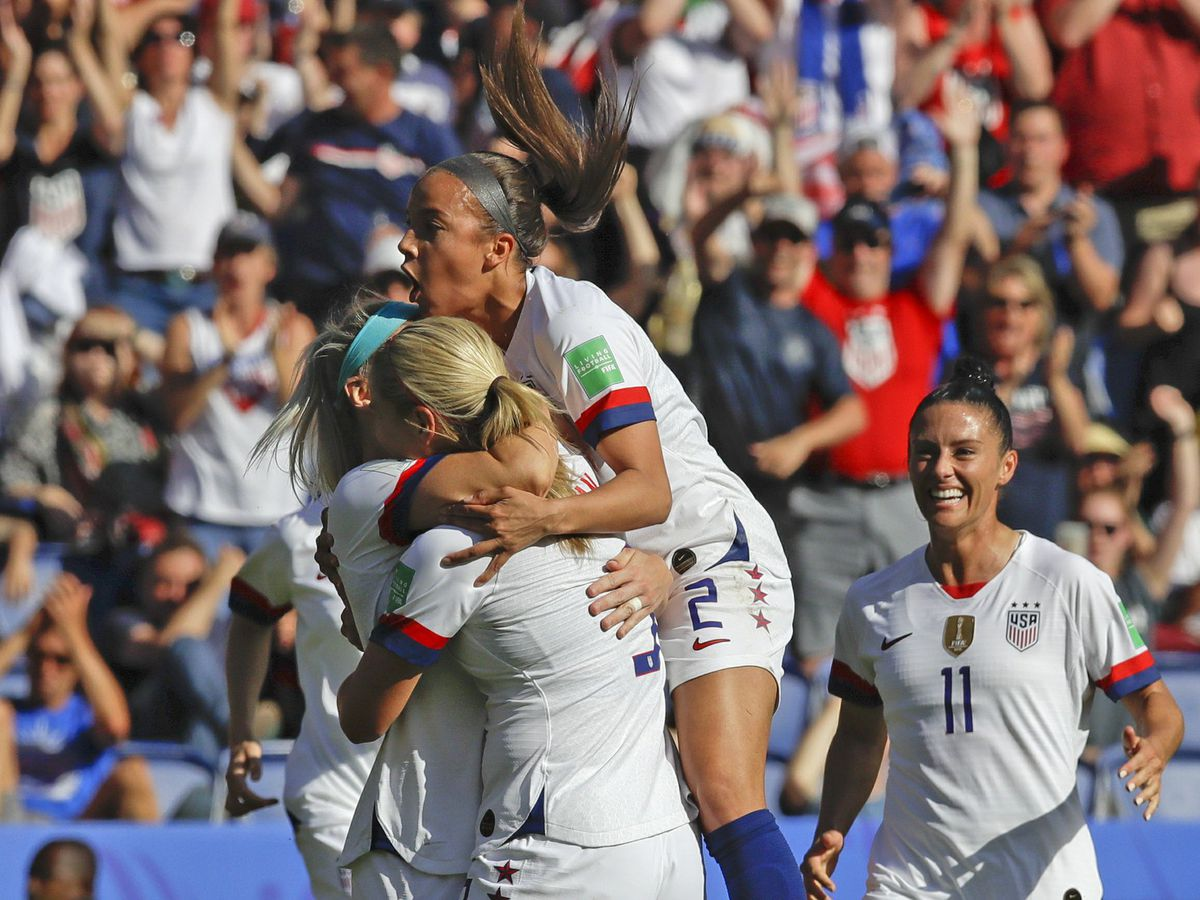 Julie Ertz scores 1st World Cup goal with husband looking on