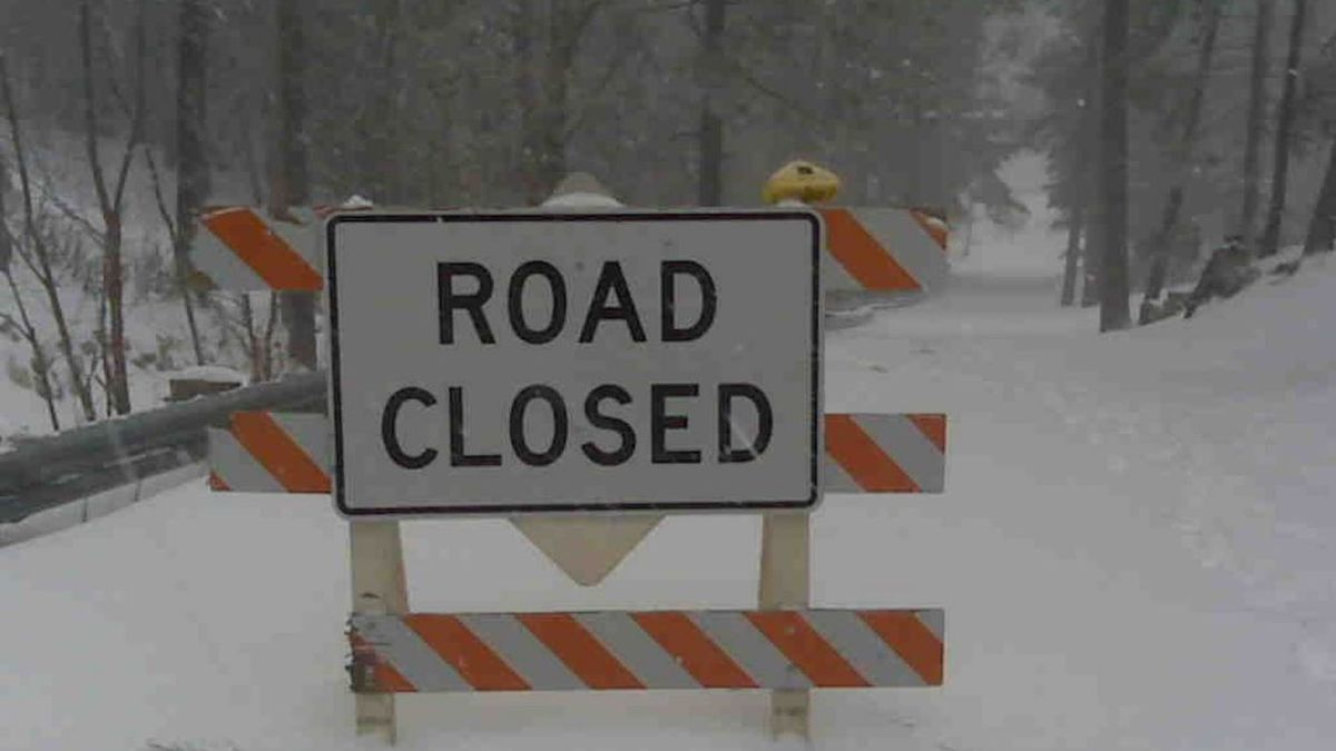 Road to Mt. Lemmon closed