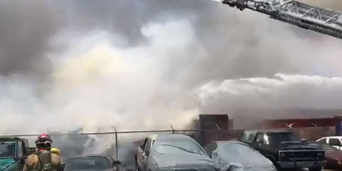 Crews from multiple agencies respond to 4-alarm fire at Tucson recycling plant