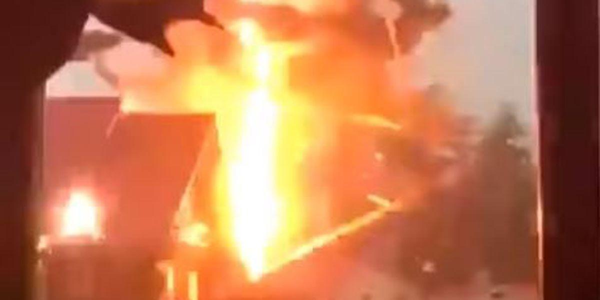 Wild lightning strike caught on video