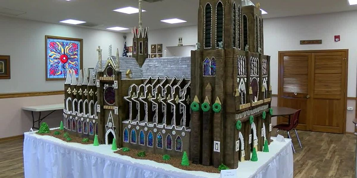 Church builds gingerbread replica of Notre Dame