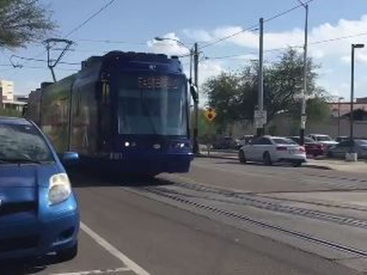Streetcar travel blocked on 4th Avenue and 6th Street