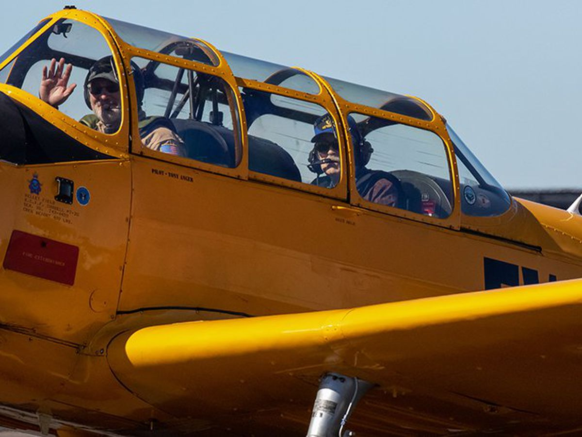 WWII veteran flies in a rare aircraft for his 94th birthday, thanks to nonprofit