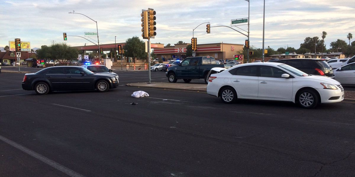 UPDATE: Midtown intersection reopens after pedestrian hit by car in Tucson