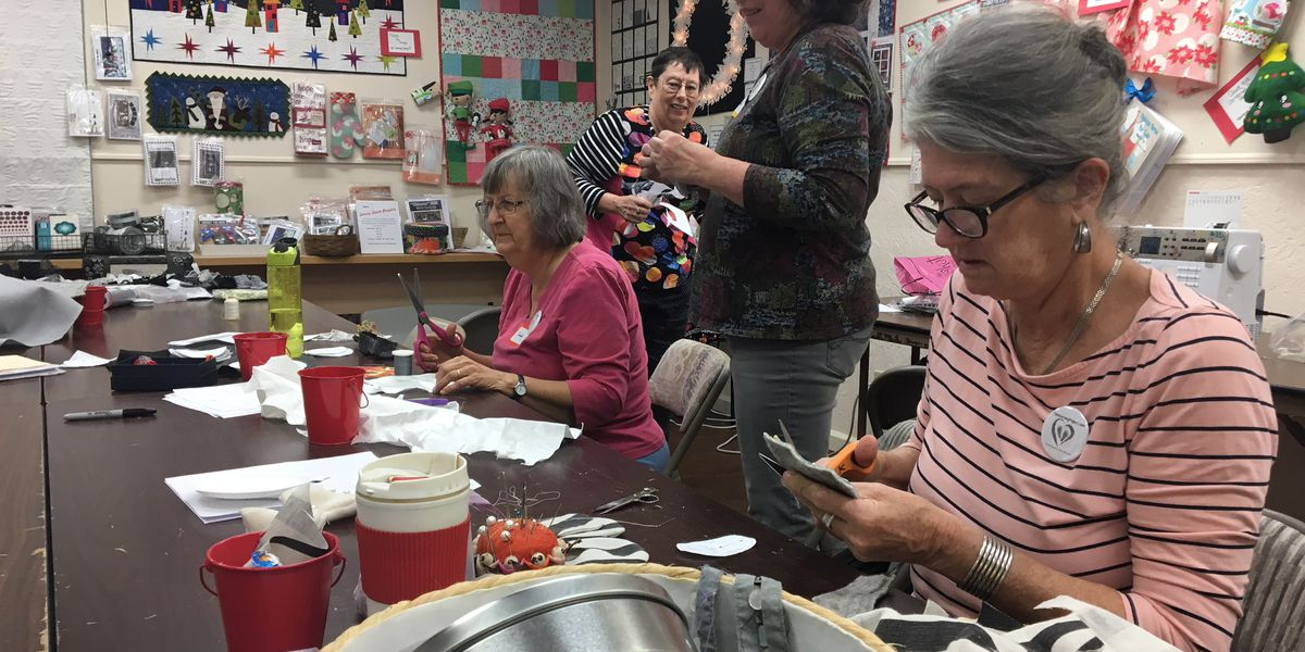 Tucson artist sewing with volunteers to spotlight infant mortality