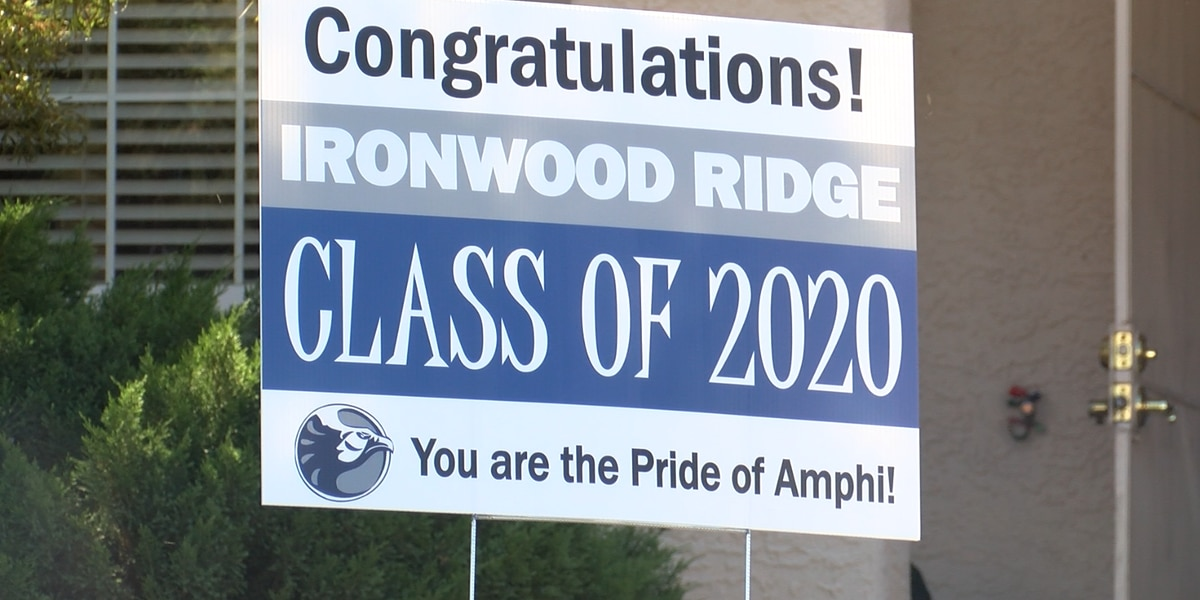 Amphitheater School District celebrates graduating seniors with yard signs amid COVID-19 crisis