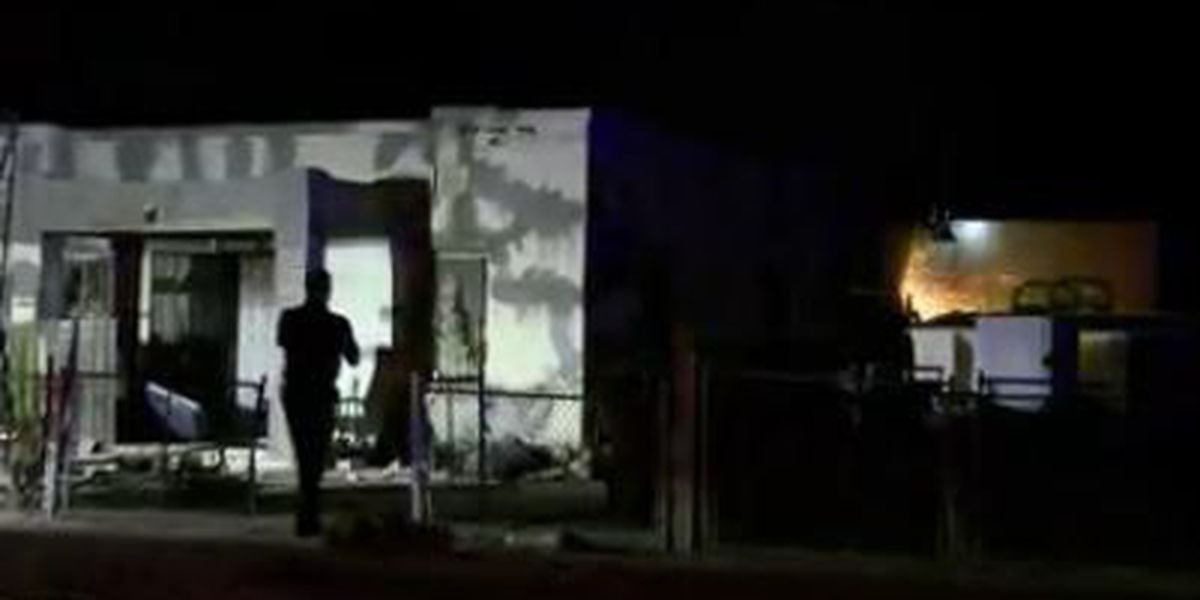Firefighters extinguish flames on Tucson's west side